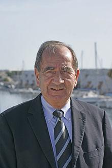 Etienne_MOURRUT_député_maire_de_la_2ème_circonscription_du_Gard